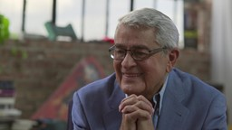 Michel Louvain opère : 60 ans de carrière et toujours le même charme'