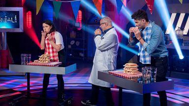 Un concours de mangeurs de hot-dogs sur le plateau!