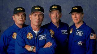 Quatre astronautes à la retraite reprennent du service!
